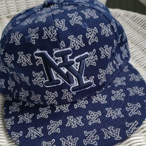 New N Y Yankees Navy Blue Ball Cap sz 7